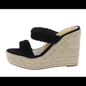 Shoes - 🌸🌸🌸 Wedge sandals